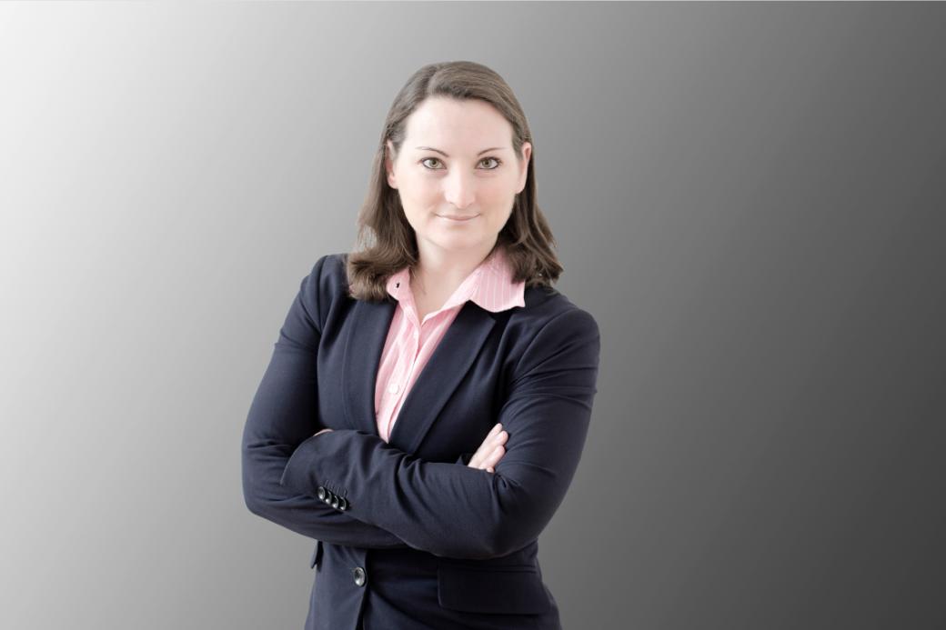 Dr. Stefanie R. Fuchs | Senior Associate