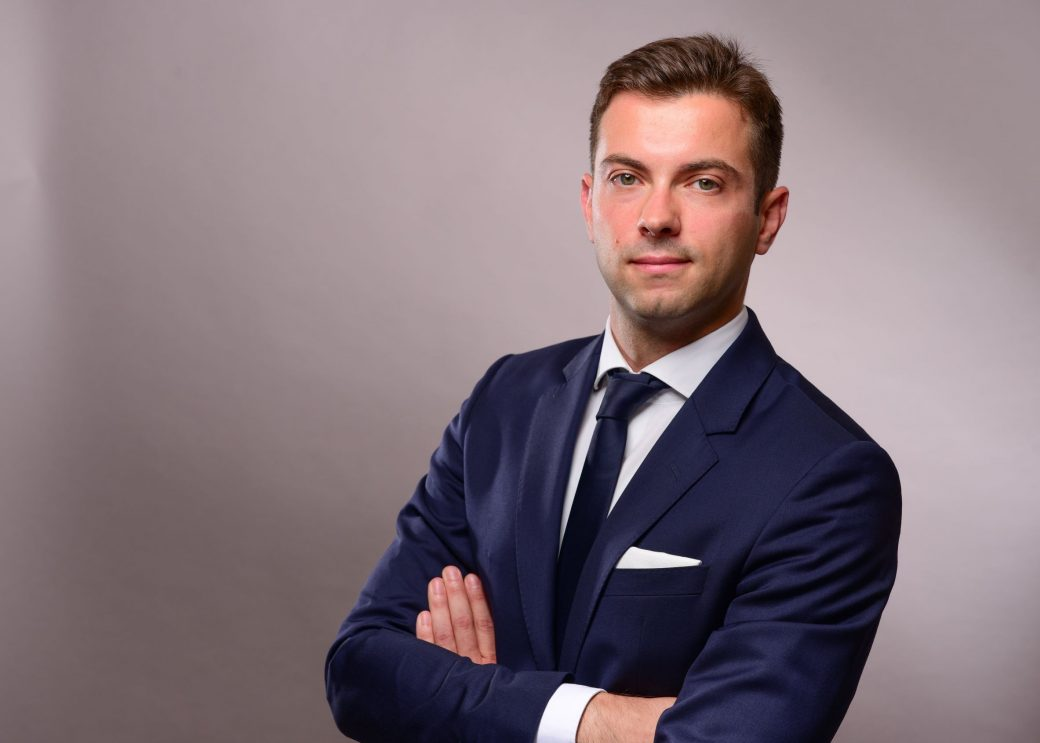 Yannick Skulski | Associate